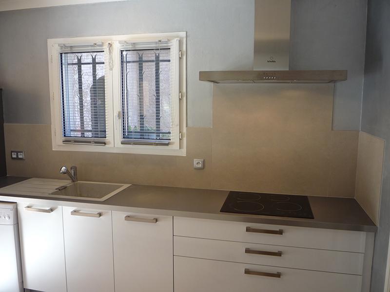 cuisines n mes gard 30. Black Bedroom Furniture Sets. Home Design Ideas